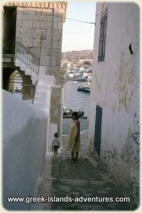 Halki - Alley to Harbour